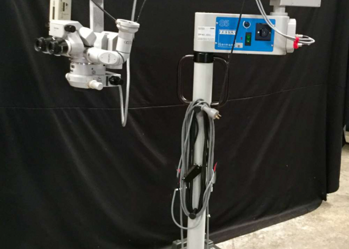 Zeiss MDU Surgical Microscope